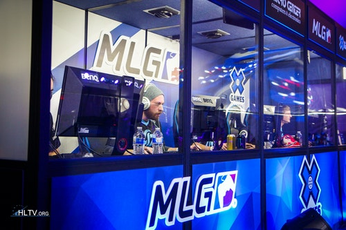 CLG in the booth vs. LDLC