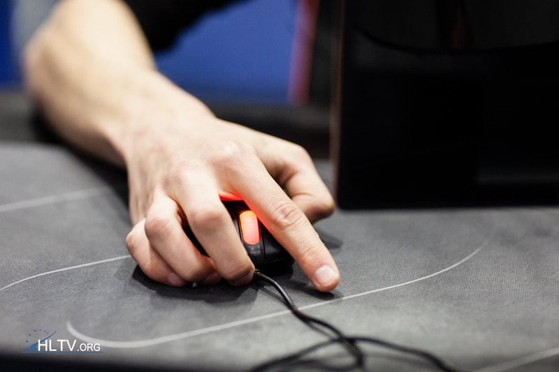 bodyy's unconventional mouse grip