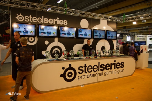 SteelSeries booth