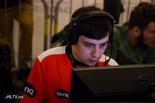 Older brother of Dosia, Fox