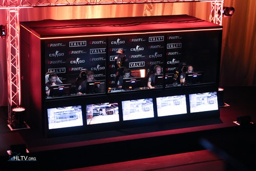 fnatic in the booth on stage