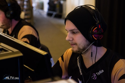 NiP-f0rest- shattering his opponents' dreams