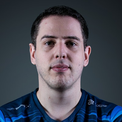 Image of CS:GO player PetitSkel