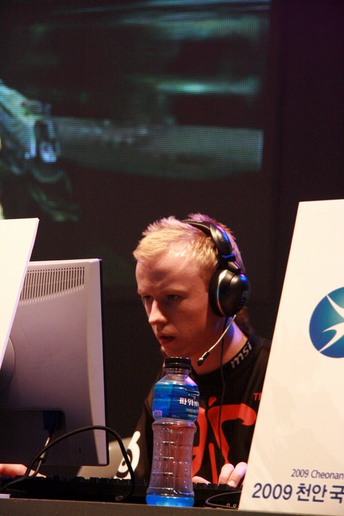 cArn from fnatic focused