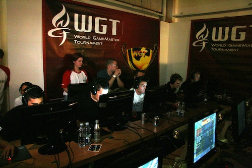 mTw playing MYM in the second semi-final.