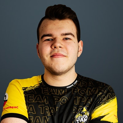 Image of CS:GO player Miki