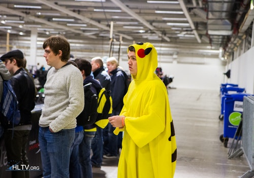 Pikachu searching for a suitable Pokemon trainer to participate in the DH tournament
