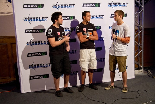 cyx and roman being interviewed