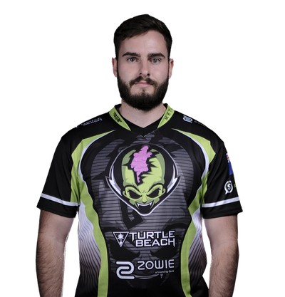 Image of CS:GO player zewsy